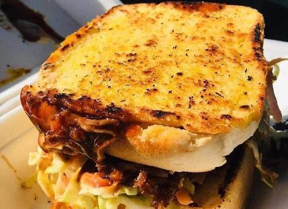 Pulled Pork/Chicken/Beef Sandwich