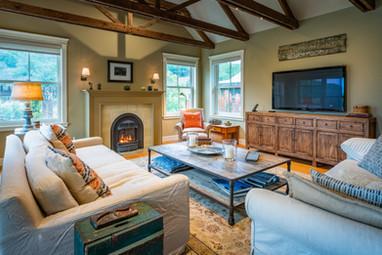 Full Living Room 1