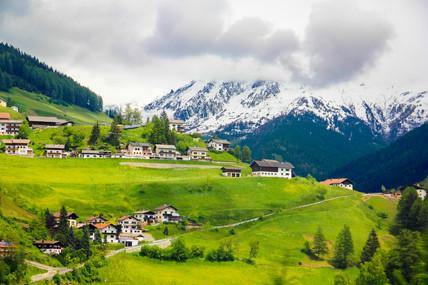 Swiss Livin'