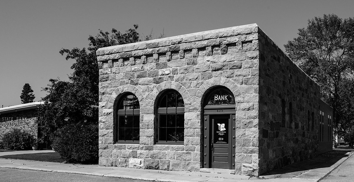Buxton Bank (BW).jpg
