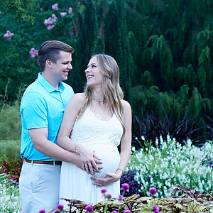 Amber and Daniel Garcia Maternity