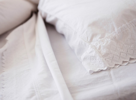 A Quick Guide to Changing Bed Sheets