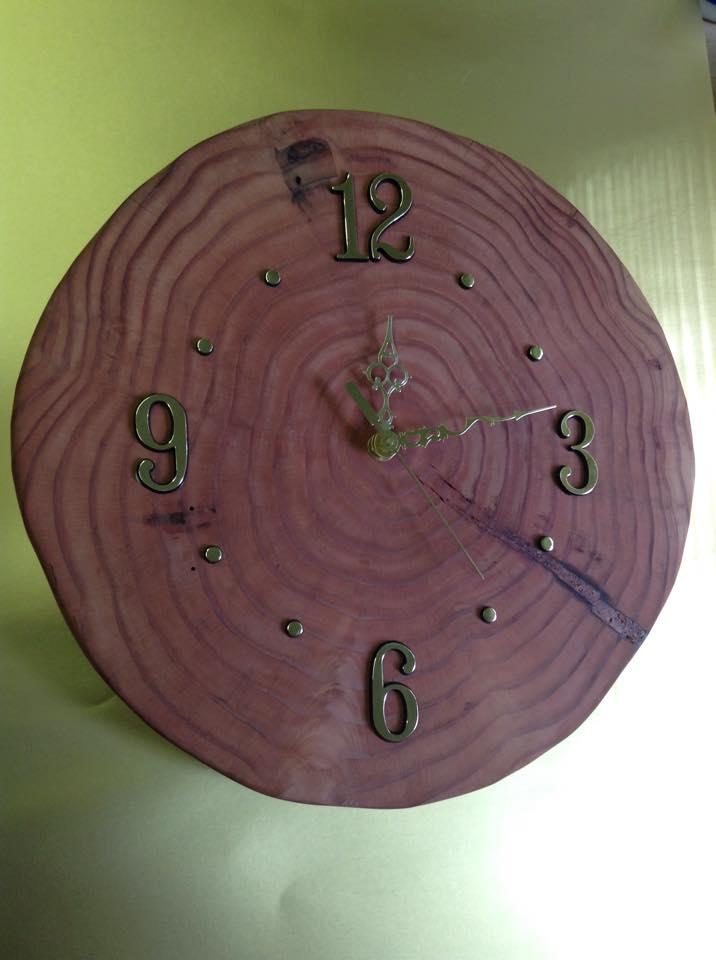 Western Cedar Clock