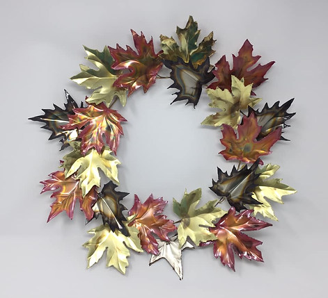 Mixed Leaf Wreath.jpg