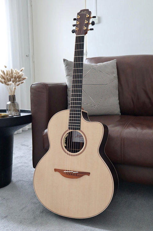 Lowden F-32C Sitka Spruce Rosewood