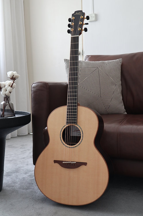 Lowden F-35 Sitka Spruce Rosewood