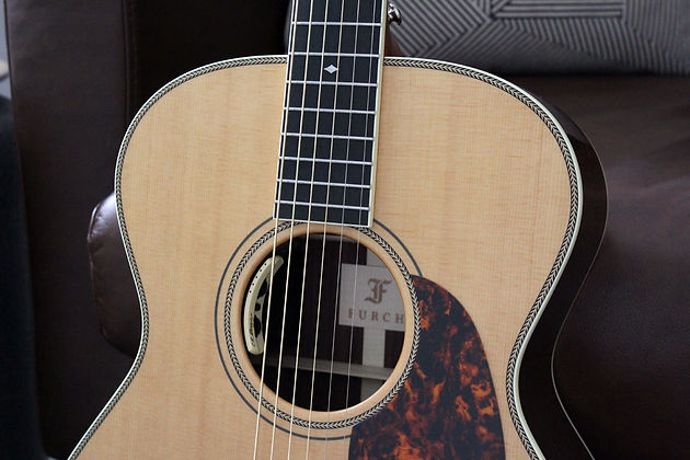 FURCH VINTAGE 2 OM-SR AAA SITKA SPRUCE INDIAN ROSEWOOD
