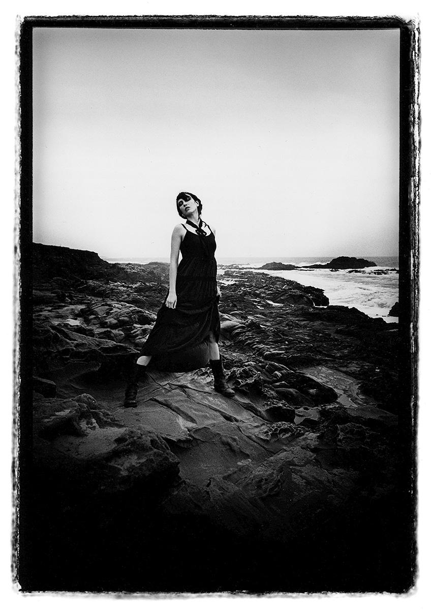 Lindsay on the Rocks