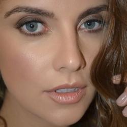 Segura esse ZOOM🕵🏻♀️#shootingmrcat #mrcat #belezaparamoda #moda #maquiagemnatural #tissibalboamak