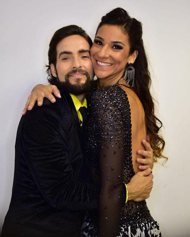 Dois queridões que deixaram a disputa ontem no Dancing Brasil 3. _jujuca1987 foi um prazer estar com