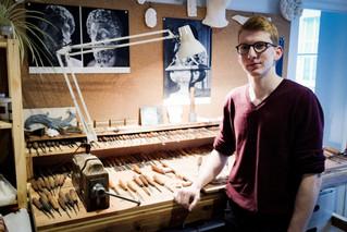 Francois Gilles, artisan d'art et chercheur