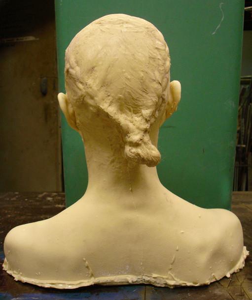 aledima-siri head back.jpg
