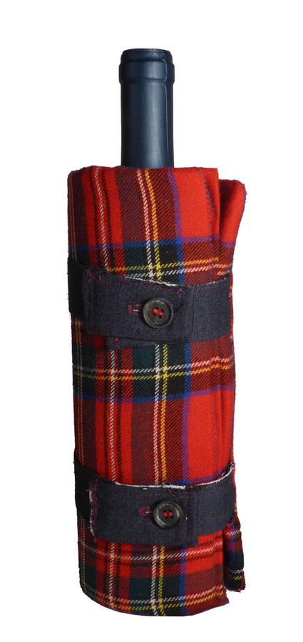 AleDima Border scozzese rosso.jpg