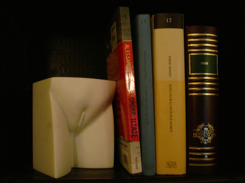 AleDima Figotte carrara marble books.JPG