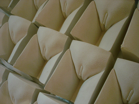 AleDima Figotte white plaster compositio
