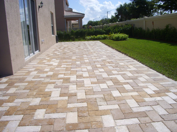 Travertine Patio Deck