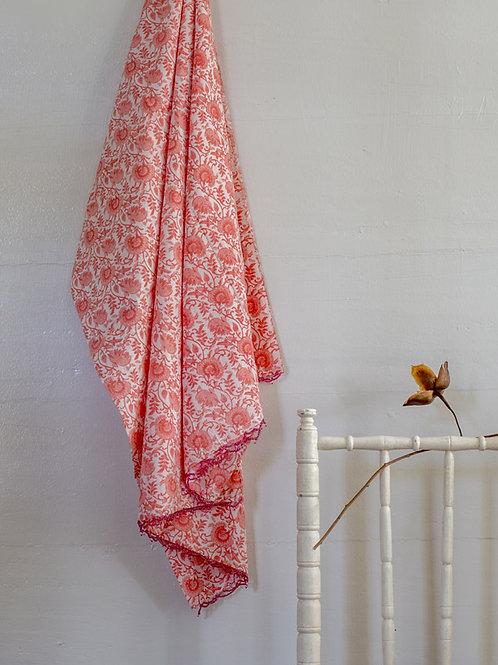 Paréo à fleurs rose et blanc Nitya