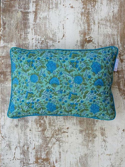 Housse de coussin à fleurs verte et bleue Sajani