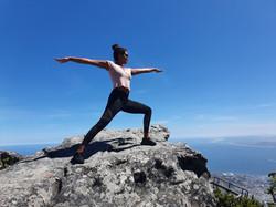B-YOUnique _ lebe deine Balance _ Yoga _ Warrior
