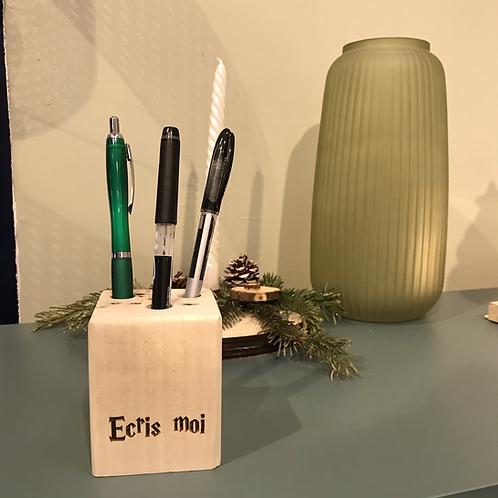 Porte crayon en bois recyclé «Ecris moi»