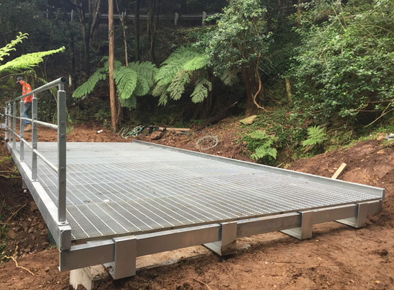 Mt Keira Ring Track Bridge Installed