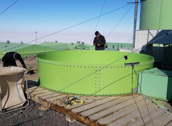 Scott Base Water Tank Install