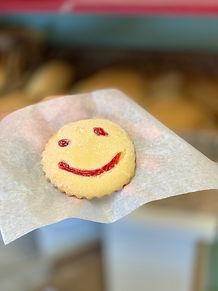 happy face cookie.jpg