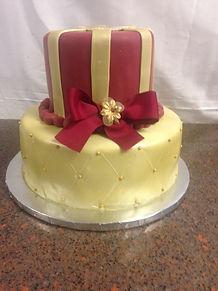2 tier gold cake .JPG