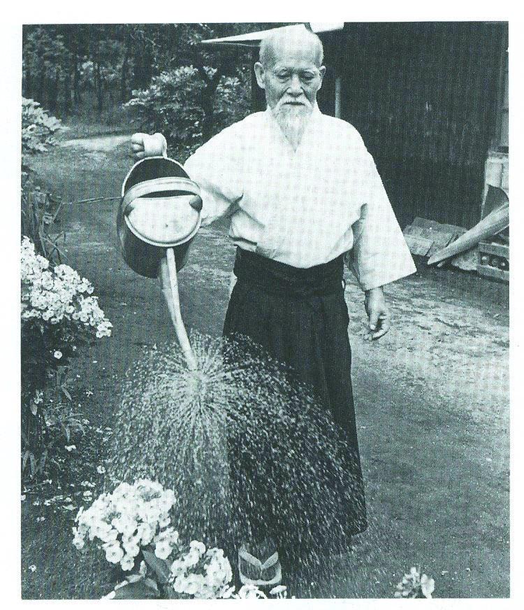 O-sensei-Ueshiba-Morihei-aikido-cuidelcuerpo-mariano-maradei