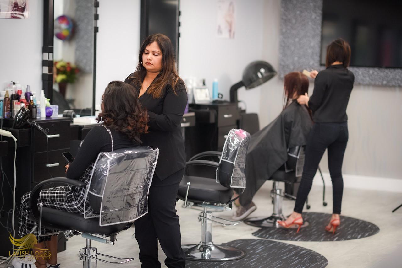 Lavish-Looks-Salon-8.jpg