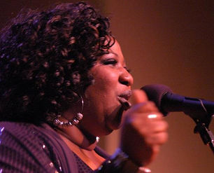 joya singing.jpg