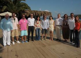TURYİD, Çeşme'deki otel ve restoran işletmeleriyle toplantı yaptı.