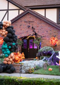 Alex_HalloweenParty_2020_017.jpg