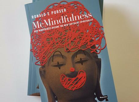 Mindfulness w ogniu twórczej krytyki