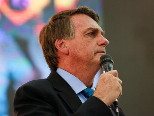 Bolsonaro diz que extensão do auxílio e preço do diesel serão definidos nesta semana