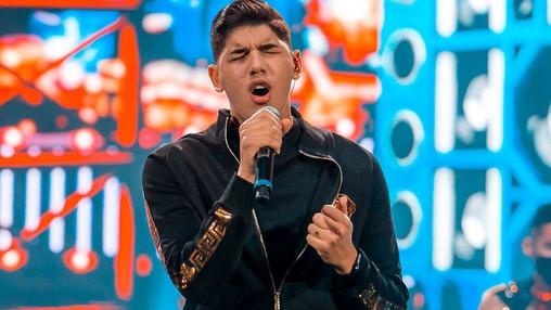 Zé Vaqueiro assina contrato com a gravadora Sony Music