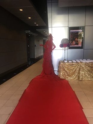 Live Red Carpet Entertainment idea