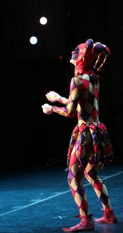 Cirque Juggler