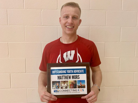 Matthew Mors Awards United Way Connecting Kids with a $1,000 Gatorade Play it Forward Grant