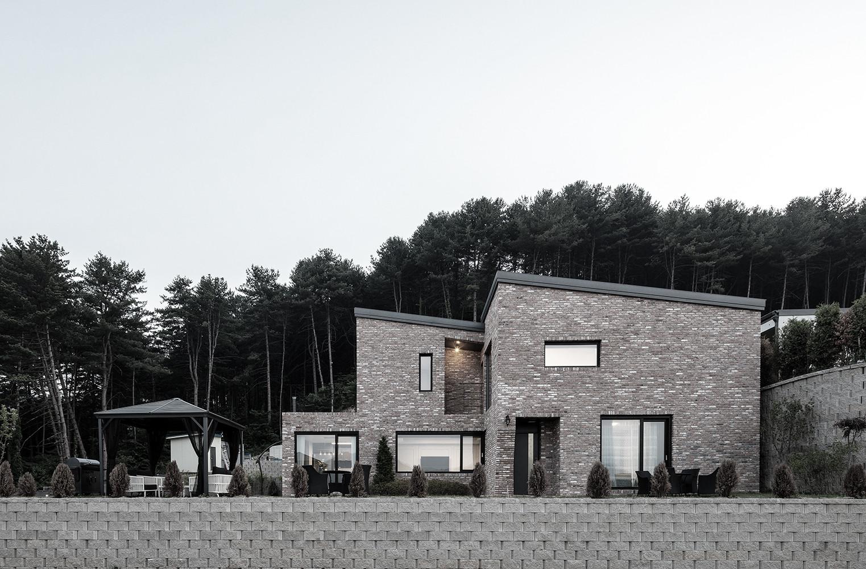 Maison de Blanc, 2016