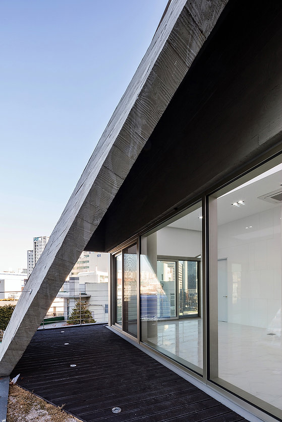 06_003_rooftop_5th floor.jpg