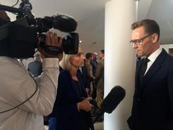 Louisa interviews Tom Hiddlestone for BB