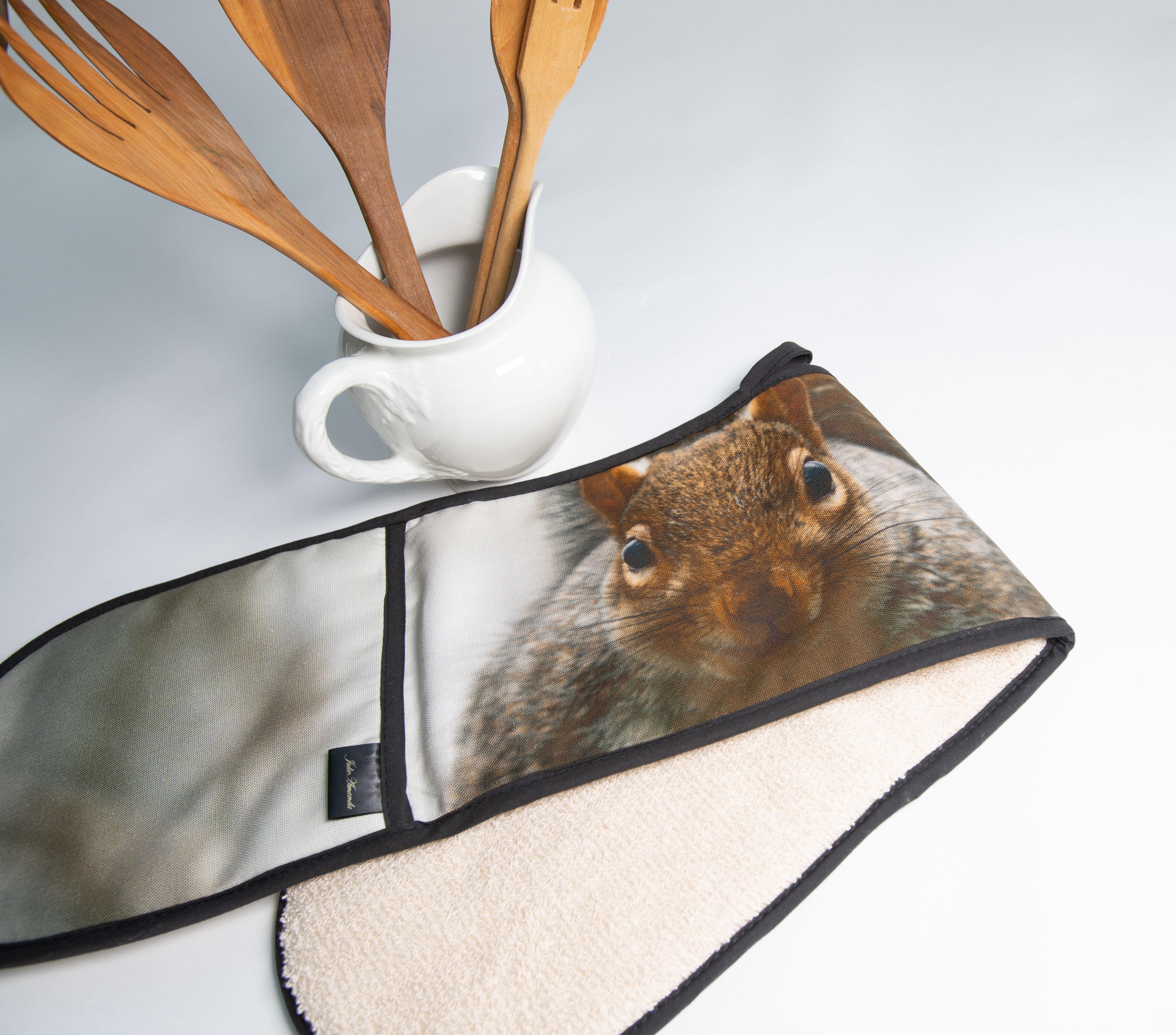 Squirrel Oven Glove