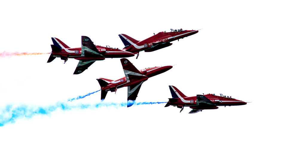 Red Arrows Formation Change_edited.jpg