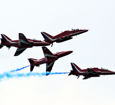 Red Arrows Formation Change.jpg