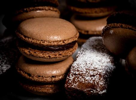 Super chocolate-y macarons!