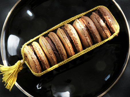 Totally delicious hazelnut and cranberry macarons!