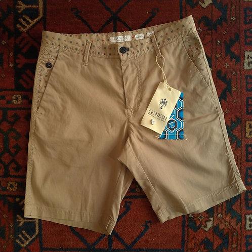 Shorts con Dettagli Rossi - Ganesh
