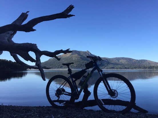 Lago Gutierrez en Bicicleta - Bariloche -Patagonia Bike Trips - www.patagoniabiketrips.com