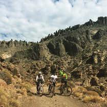 Arroyo Chacay en Bicicleta - Patagonia Bike Trips - www.patagoniabiketrips.com